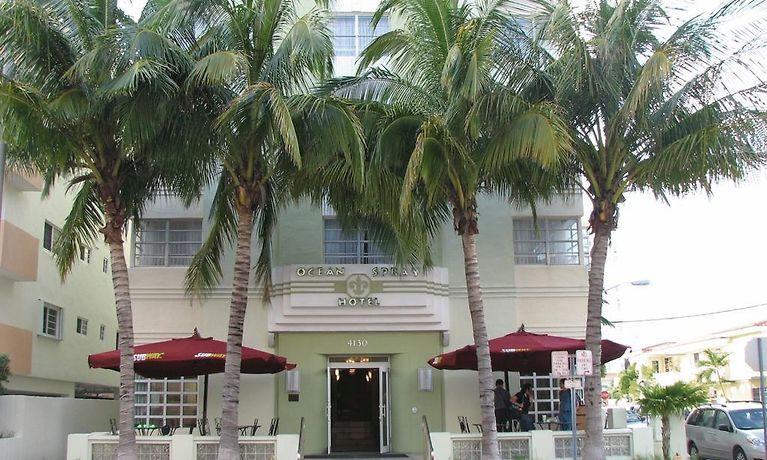 Ocean Spray Hotel Miami Beach